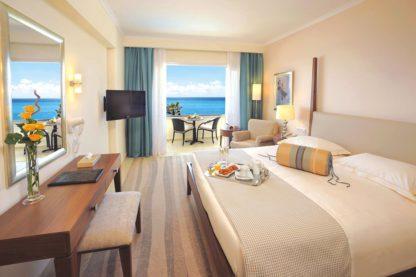 Alexander The Great Beach Hotel à Paphos