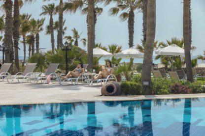 Aquamare Beach Hotel & Spa à EUR