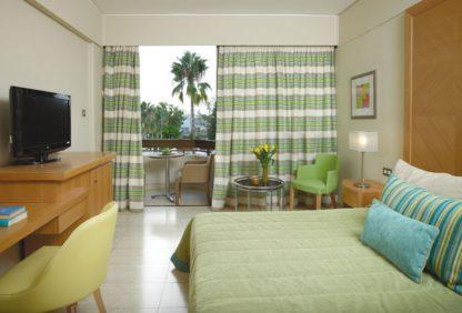 Atlantica Oasis Hotel à Paphos