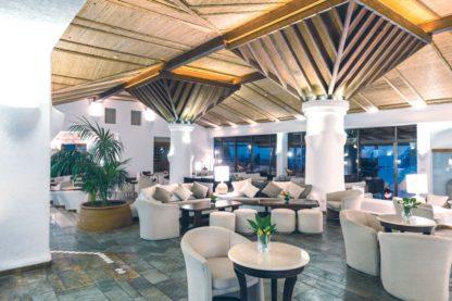 Coral Beach Hotel & Resort à EUR