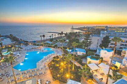 Leonardo Plaza Cypria Maris Beach Hotel & Spa à EUR