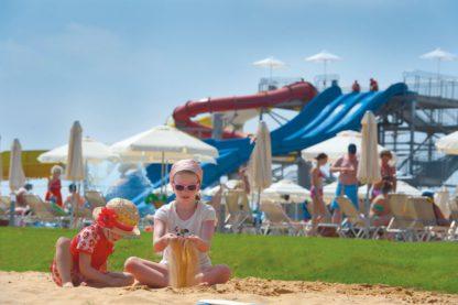 Louis Phaethon Beach à EUR