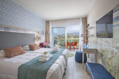 SPLASHWORLD Leonardo Laura Beach & Splash Resort à Paphos