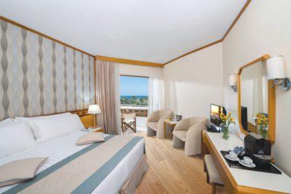 TUI SENSIMAR Pioneer Beach Hotel à Paphos